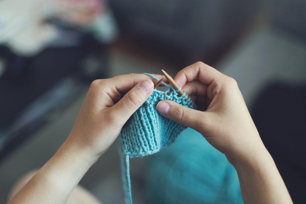 coser hamaca con aguja e hilo